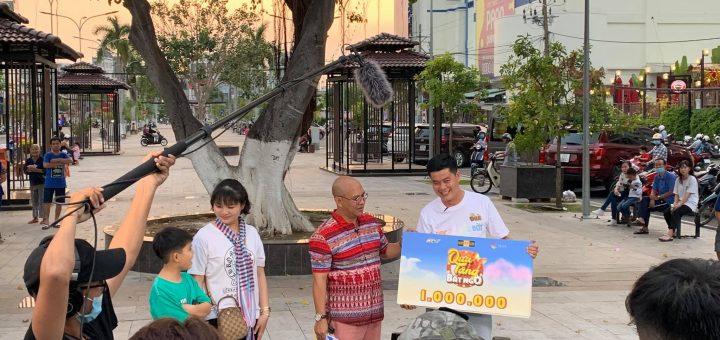 Color man và Khương Dừa ở phố đi bộ Long Xuyên