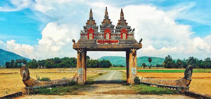 Cổng chùa Koh Kas - Cổng trời Tri Tôn