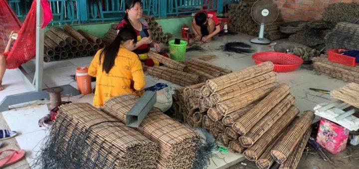 Làng nghề lợp lươn Cần Đăng