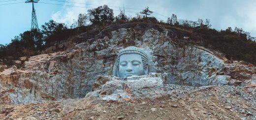 Tượng Phật Thích Ca Núi Sam