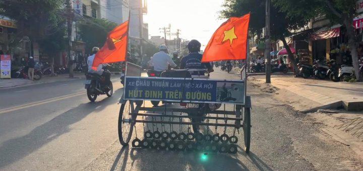 Xe Châu Thuận hút đinh Long Xuyên