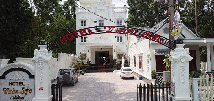 Khách sạn Vườn Sao Tri Tôn